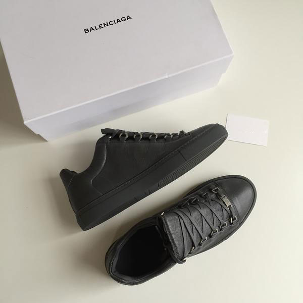 Arena Leather Low Top